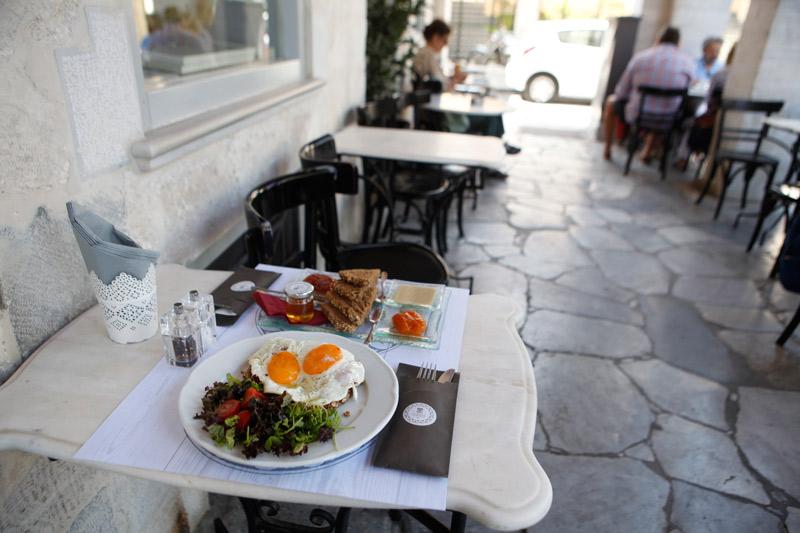 syros-i-anadyomeni-gastronomiki-skini9