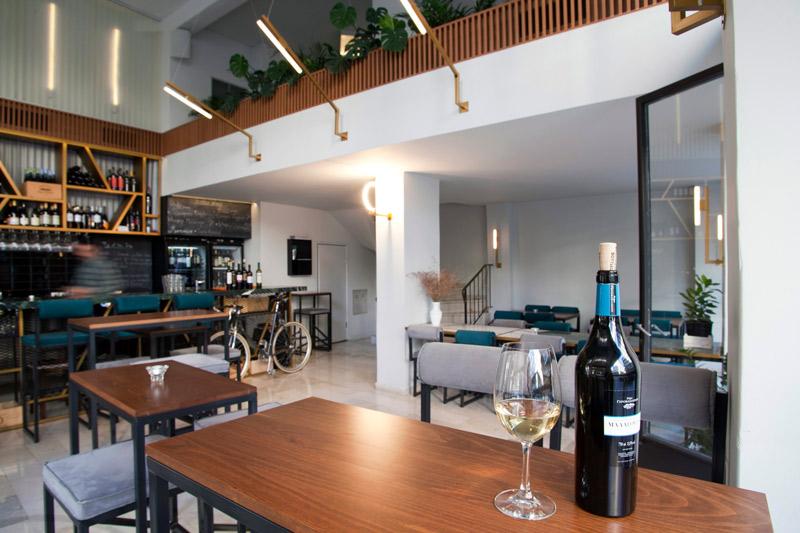 wine-bars-stin-athina11