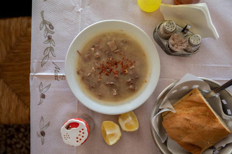 to-charama-moscharokefali-soypa2