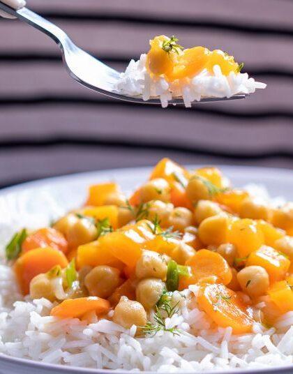 Ρεβίθια με κολοκύθα και ρύζι