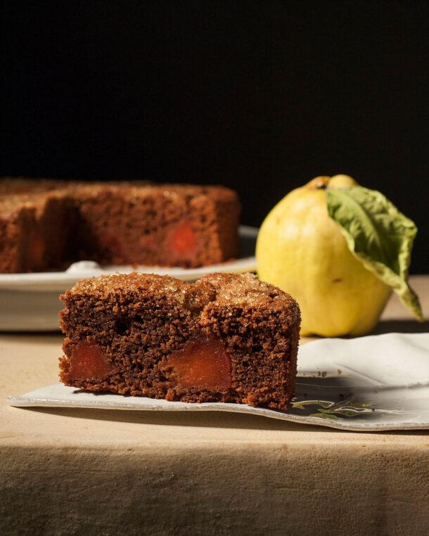 Κέικ σοκολάτας με κυδώνια